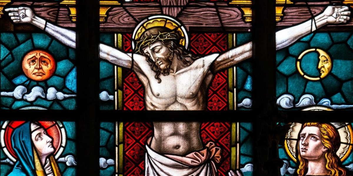 Stained Glass Depicting the crucifixion of JEsus